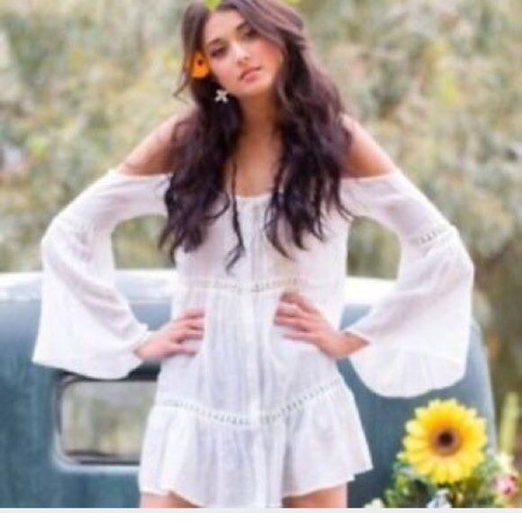 1d947a516d430 Kendall   Kylie Tops - Kendall + Kylie off the shoulder bell sleeve tunic